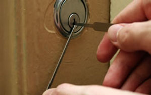 Door locks Palmers Green